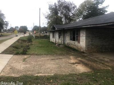 912 MOUNT PLEASANT DR, Nashville, AR 71852 - Photo 2