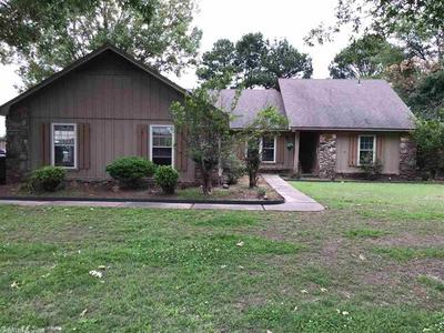 1107 OLIVER ST, Stuttgart, AR 72160 - Photo 1