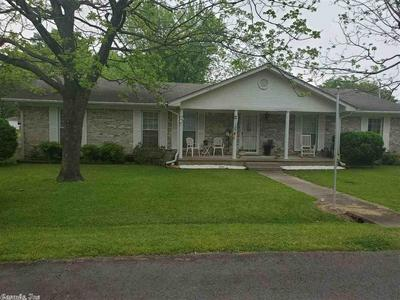 706 N HICKORY ST, Beebe, AR 72012 - Photo 1