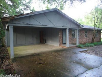 124 WESTERN HILLS DR, Searcy, AR 72143 - Photo 1