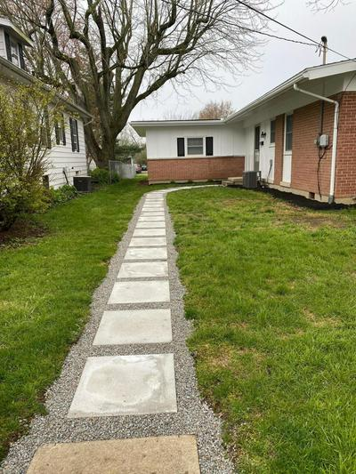 83 CHANDLER AVE, London, OH 43140 - Photo 2