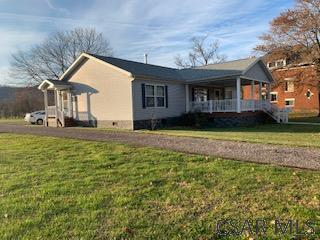 604 ODEN ST, Confluence, PA 15424 - Photo 2