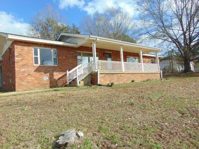 17040 HIGHWAY 22 N, Wildersville, TN 38388 - Photo 2
