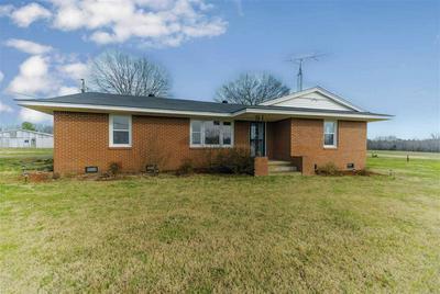 575 BEECH GROVE RD, Huron, TN 38345 - Photo 1