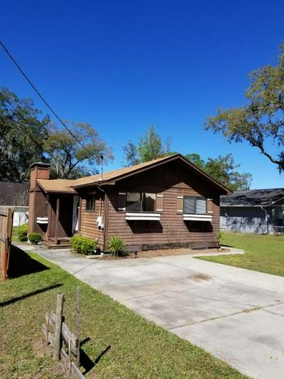 214 NE 4TH ST, Chiefland, FL 32626 - Photo 1