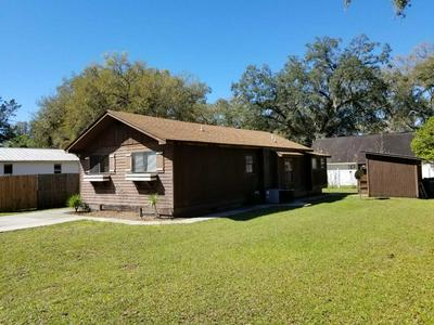 214 NE 4TH ST, Chiefland, FL 32626 - Photo 2