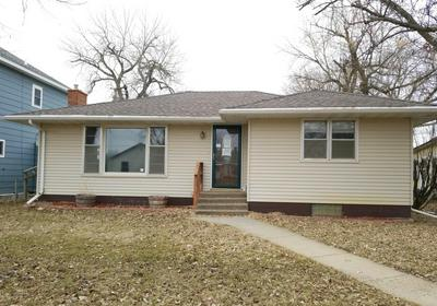 110 1ST AVE SW, Bowman, ND 58623 - Photo 1