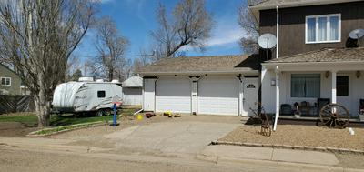 611 4TH AVE W, Lemmon, SD 57638 - Photo 2