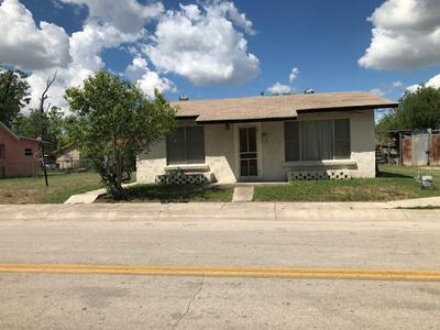 207 WARE ST, Del Rio, TX 78840 - Photo 1