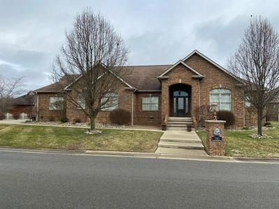 980 CRESTWOOD DR, Prestonsburg, KY 41653 - Photo 1