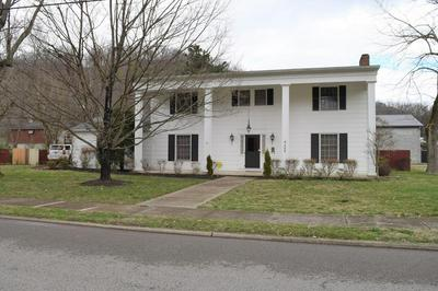 460 N ARNOLD AVE, Prestonsburg, KY 41653 - Photo 1