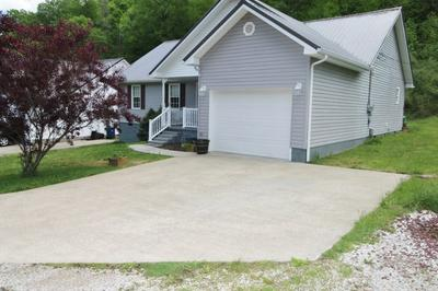 205 ROSE ST, Paintsville, KY 41240 - Photo 2