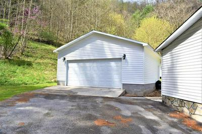 1022 HOOPWOOD BR, Pikeville, KY 41501 - Photo 2