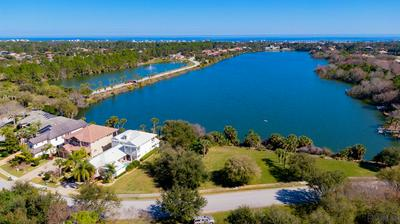 22 EMERALD LAKE DR, Palm Coast, FL 32137 - Photo 1