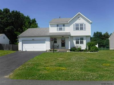 25 FALCON CHASE, Rensselaer, NY 12144 - Photo 1