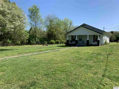 8904 SEVIERVILLE PIKE, Knoxville, TN 37920 - Photo 2