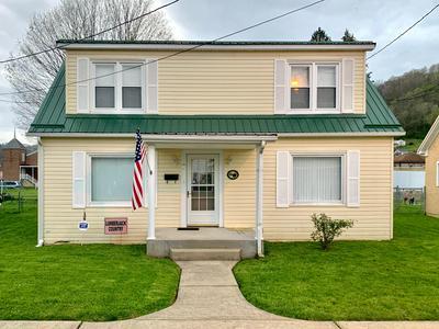HOME ST, Richwood, WV 26261 - Photo 1