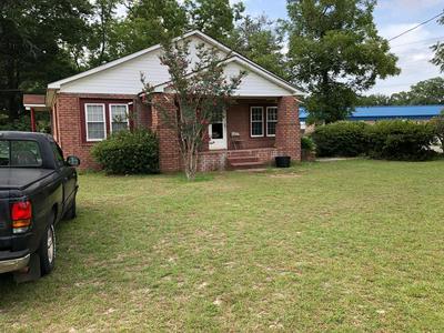 137 CHANDLER AVE, Reidsville, GA 30453 - Photo 1