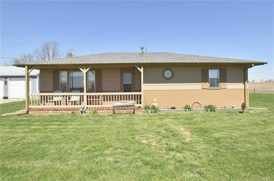 5501 SE STATE ROUTE DD, Faucett, MO 64448 - Photo 2