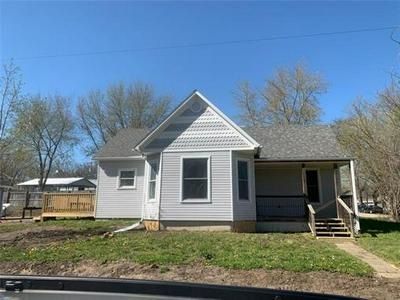 401 N 1ST ST, Clarksdale          , MO 64430 - Photo 1