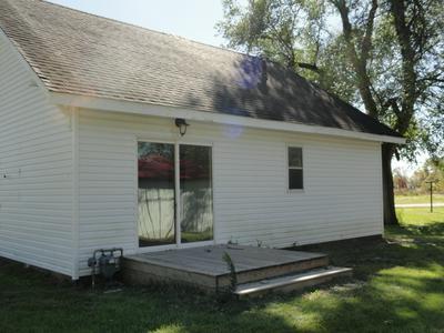 301 W LINN ST, Farber, MO 63345 - Photo 2