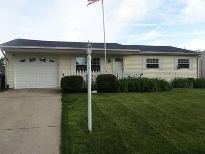 8105 W COLONY DR, Yorktown, IN 47396 - Photo 1