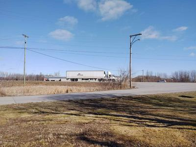 624 E MILL ST, Pierceton, IN 46562 - Photo 2