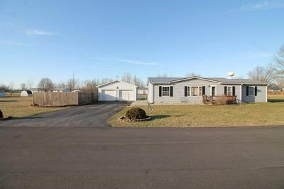614 W INDIANA AVE, Upland, IN 46989 - Photo 2