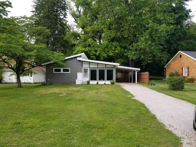 1012 OLD WHEATLAND RD, Vincennes, IN 47591 - Photo 1
