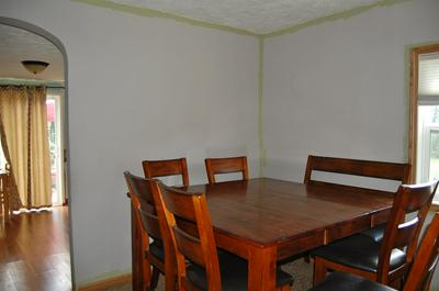 425 S GLICK ST, Mulberry, IN 46058 - Photo 2