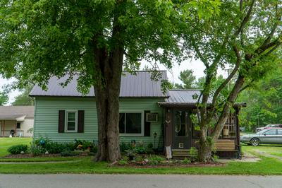 117 E MAIN ST, Millersburg, IN 46543 - Photo 2