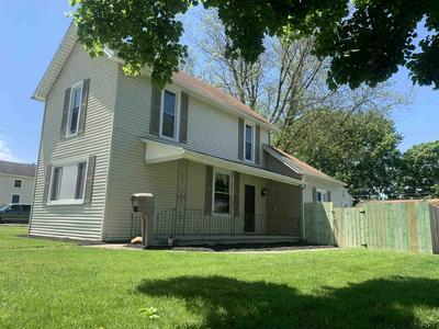 1436 SALAMONIE AVE, Huntington, IN 46750 - Photo 2