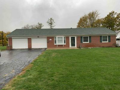 240 WESTWOOD DR, Winchester, IN 47394 - Photo 1