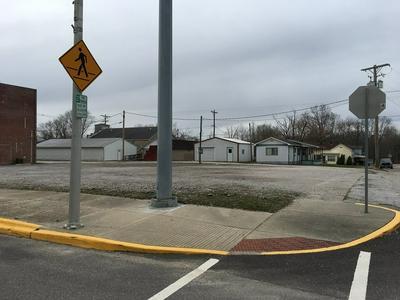 313 N MAIN ST, Winslow, IN 47598 - Photo 1