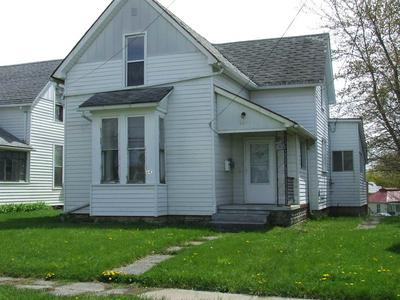 643 MANCHESTER AVE, Wabash, IN 46992 - Photo 1