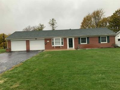 240 WESTWOOD DR, Winchester, IN 47394 - Photo 2