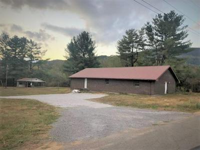 405 SAND CAVE RD, Ewing, VA 24248 - Photo 1