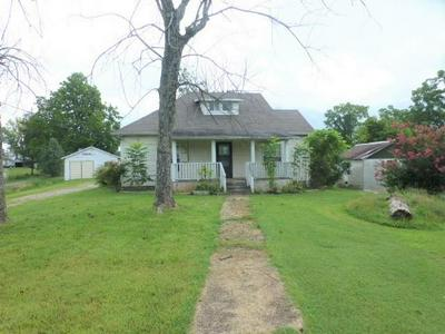 112 QUEENER ST, Jacksboro, TN 37757 - Photo 1