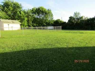 204 HILLCREST ST, Rogersville, TN 37857 - Photo 2