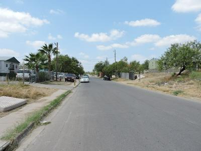 3224 CORTEZ ST, Laredo, TX 78043 - Photo 2