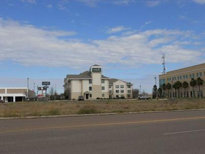 302 W VILLAGE BLVD, Laredo, TX 78041 - Photo 1