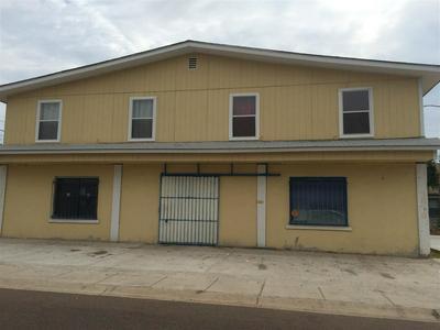 3611 MONTERREY AVE, laredo, TX 78040 - Photo 1