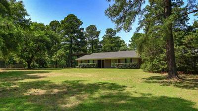 2235 GRANGEWAY RD, Marshall, TX 75672 - Photo 2