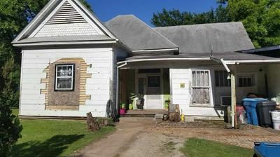 1306 N FULTON ST, MARSHALL, TX 75670 - Photo 1
