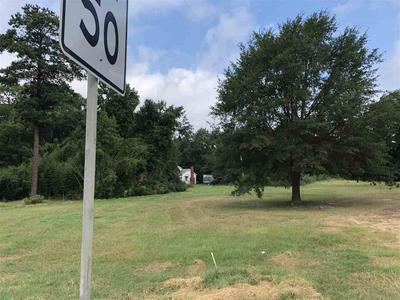 1008 NELSON ST, Linden, TX 75563 - Photo 2