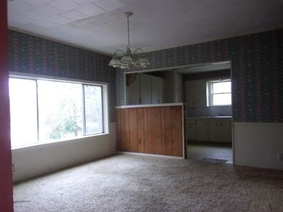 206 S WILLIAMS ST, Overton, TX 75684 - Photo 2