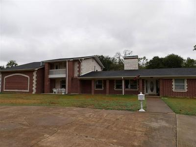 810 N DENMAN RD, Overton, TX 75684 - Photo 1