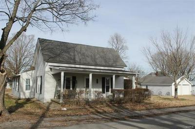 120 W BRADLEY ST, Goreville, IL 62939 - Photo 1