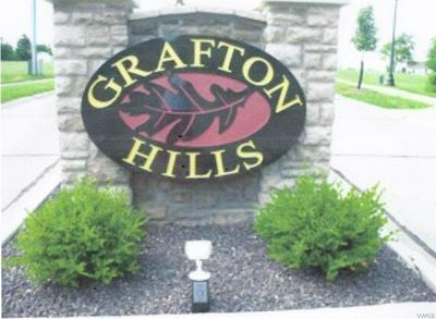 101 GRAFTON HILLS DRIVE, Grafton, IL 62037 - Photo 1