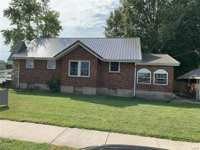 300 S APPLE AVE, Belle, MO 65013 - Photo 1